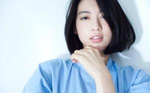 周杰伦新歌《说好不哭》MV女主三吉彩花甜美写真
