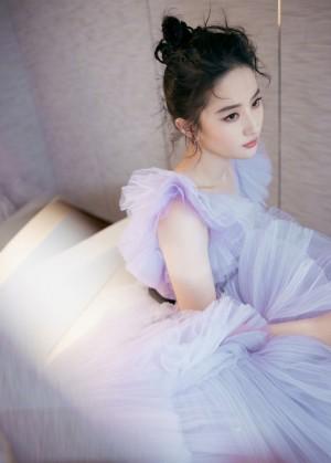 刘亦菲春日紫樱蛋糕裙美艳写真