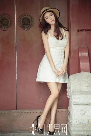 尤果网美女幂书短裙美腿性感写真图片