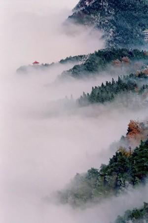 江西庐山雾海风景图片