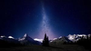 夜晚神秘宇宙星空桌面壁纸