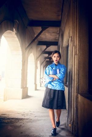 美丽校花演绎国民时期学生妹妹图片
