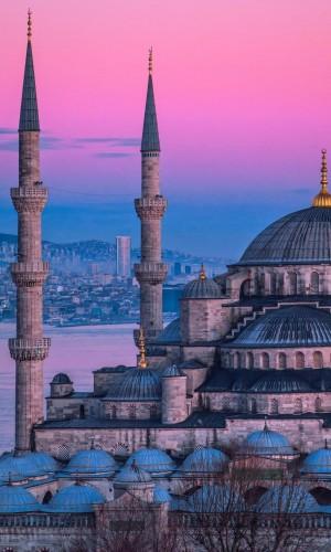 土耳其蓝色清真寺唯美风光手机壁纸