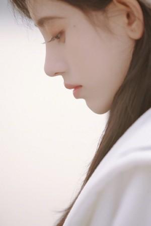 鞠婧祎水手服造型甜美气质写真图片