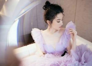 刘亦菲春日紫樱蛋糕裙活动写真