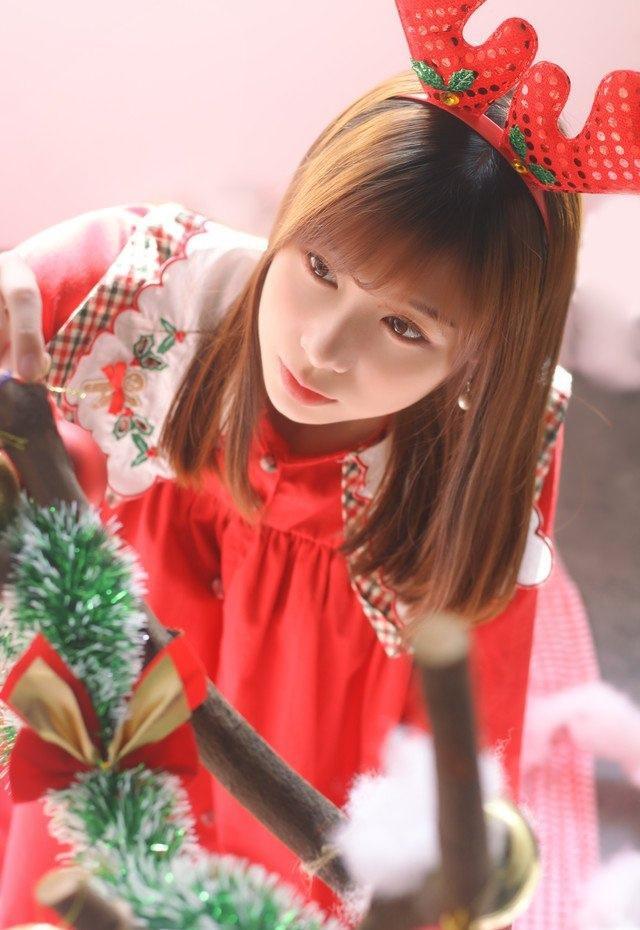 圣诞甜美少女娇俏可人古灵精怪时尚写真