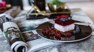 可口水果蛋糕高清桌面壁纸