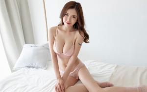 内衣女神陈思琪性感撩人图片