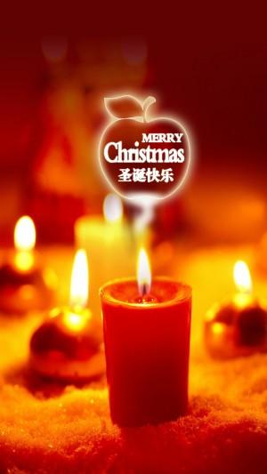圣诞节点亮蜡烛默默祈祷