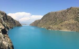 新疆昭苏玉湖绝美风景桌面壁纸