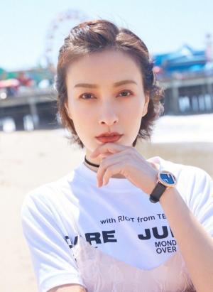 吴昕秀迷人侧脸造型百变眼神魅惑写真图片