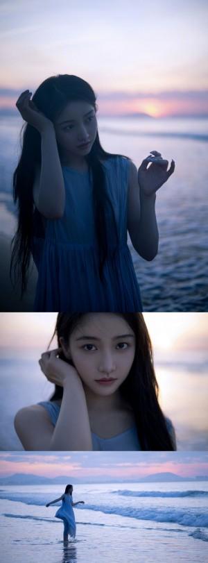 姜贞羽海边氛围感大片