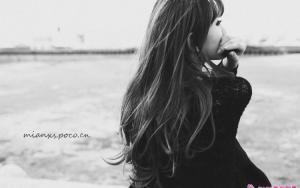 寂寞少女的孤单和自由写真