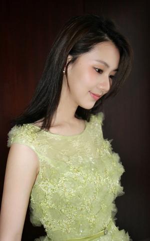 刘颖伦清新活动照图片