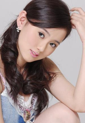 中国内地女演员江铠同清纯写真图片