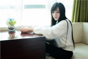 美女模特林清儿酒店内衣时尚写真身姿迷人