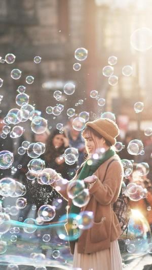梦幻的泡泡世界里的养眼美女写真