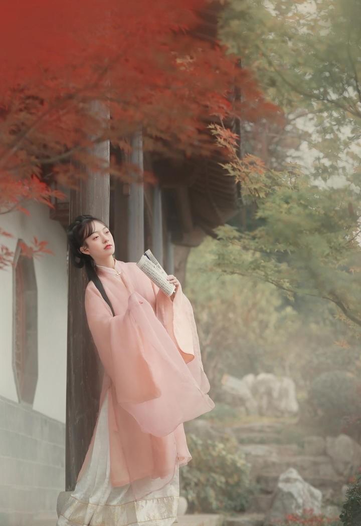 唯美清秀美丽的古装美女图片