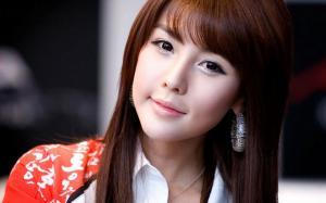 韩国最美车模李智友私房照