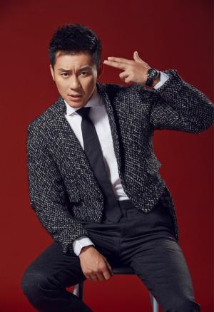 李晨诠释深情绅士时尚大片