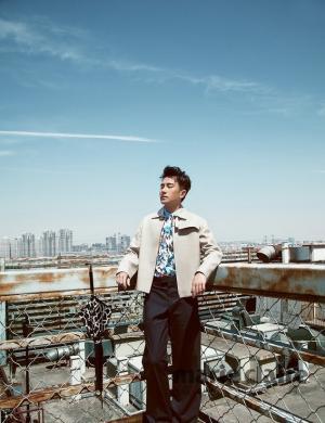刘恺威最帅的照片 刘恺威登《嘉人》杂志封面