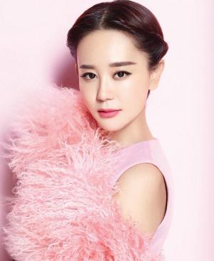海陆时尚杂志粉色写真图片