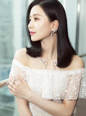 刘诗诗白裙气质写真图片