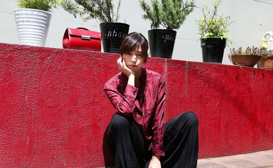日本混血模特池田依来沙街拍 睡衣外穿慵懒迷人写真