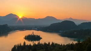 欧洲绿宝石之最美的斯洛文尼亚布莱德湖