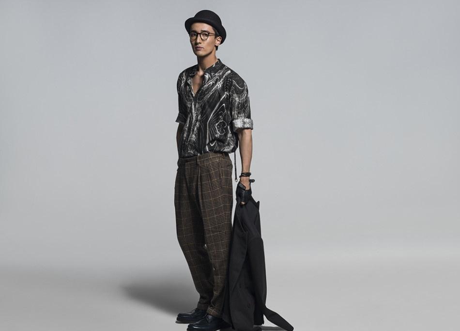 王传君时尚写真个性造型彰显熟男魅力