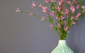 花瓶里的花朵的唯美故事