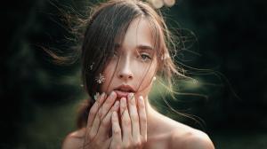 俄罗斯模特大胆艺术美女写真