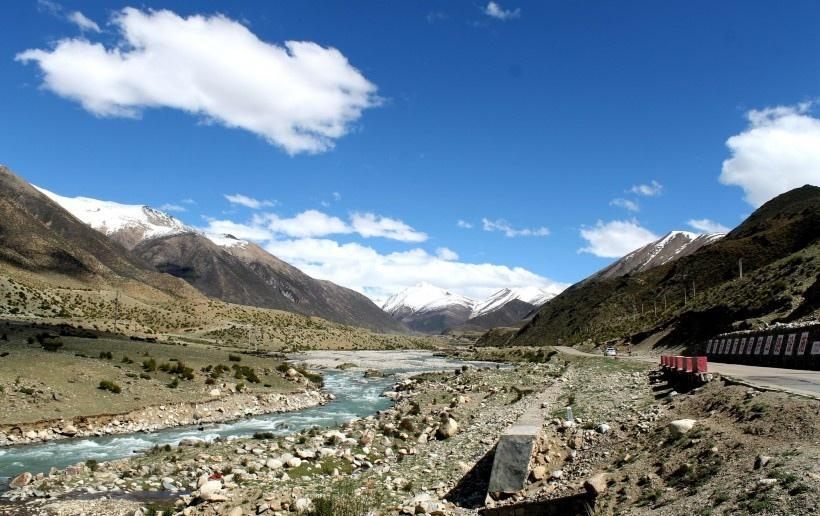 西藏怒江72拐风景图片