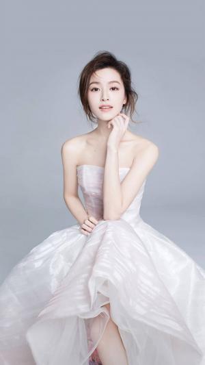 文咏珊甜美婚纱照图片
