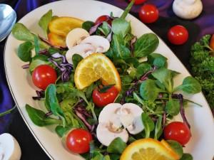 營養豐富美味沙拉圖片桌面壁紙