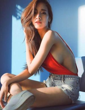 泰国美女Pichana Yoosuk藏不住的身材