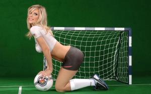 欧美美女足球宝贝人体彩绘图片