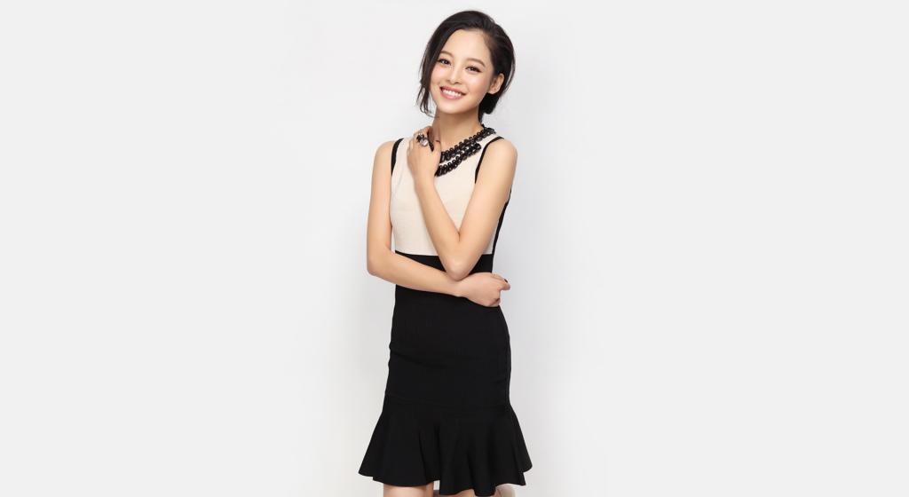 美女演员辛芷蕾时尚干练写真