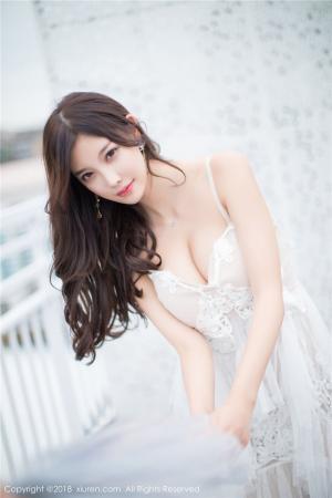 秀人网杨晨晨sugar室外性感美乳诱惑写真图片