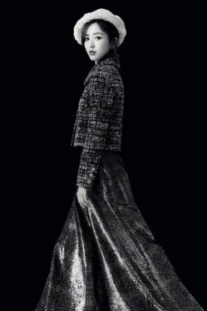 佟丽娅黑白写真