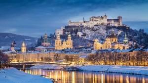 复古城堡建筑四季迥异的风光