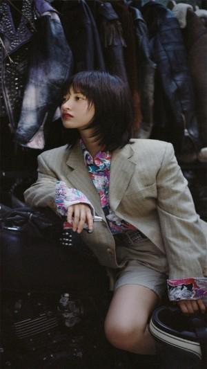 时尚复古气质美女沈月高清手机壁纸