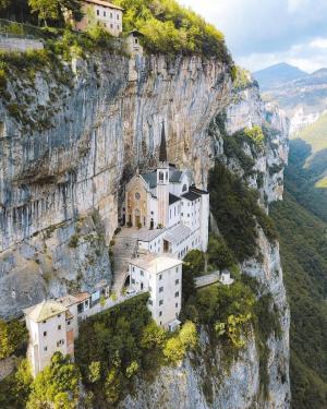 意大利的一个修道院