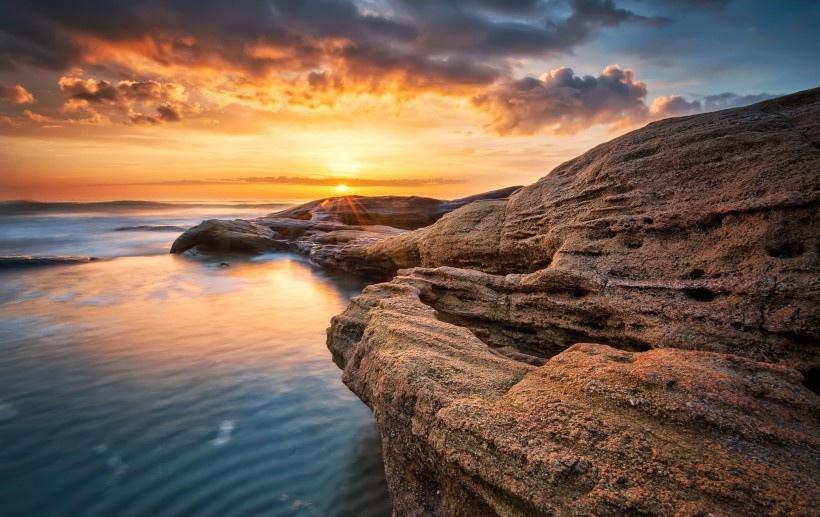 海岸黄昏景色图片