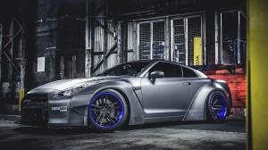 日产GT-R酷炫汽车图片桌面壁纸