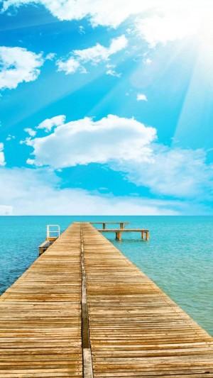 迷人的夏日优美海洋
