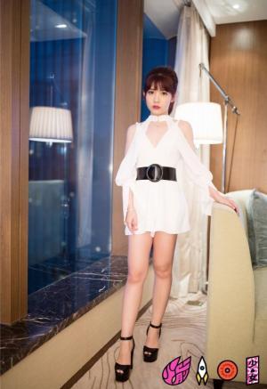 火箭少女101yamy赖美云傅菁黑白配写真图片