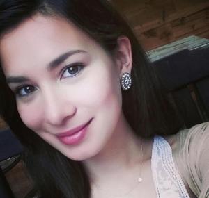 《战狼2》女主角卢靖姗混血美女高清私房照