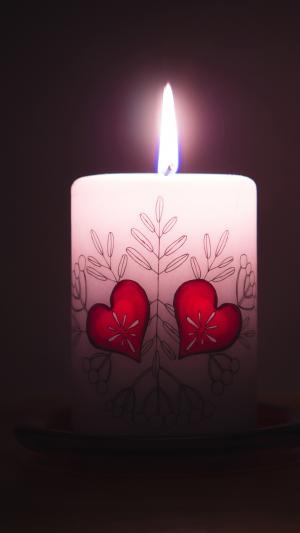 情人节的爱心蜡烛图片