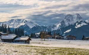 瑞士伯尔尼秀美自然风景桌面壁纸